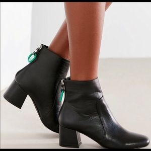 Urban Outfitters Harlow Ankle Boots size 8